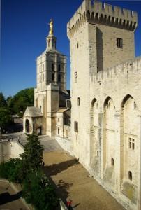 Avignon - Le Palais des Papes - Chemin Urbain V